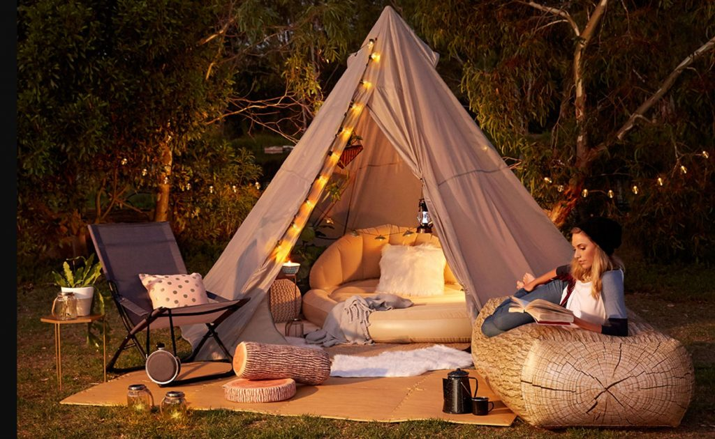 Here are some must-have items and diy gl&ing ideas and gear that will make your next trip complete! These also make great gifts for the gl&ing ... & 10 Super Fun Glamping Essentials | Voyage Afield